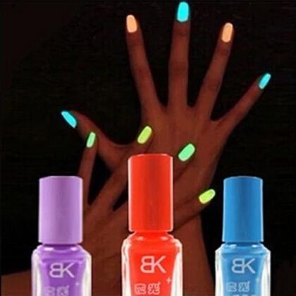 1pcs 7ml Luminous Nail Polish Fluorescent Light Glow in Dark Nail Varnish Wholesale Luminous Nail Oil