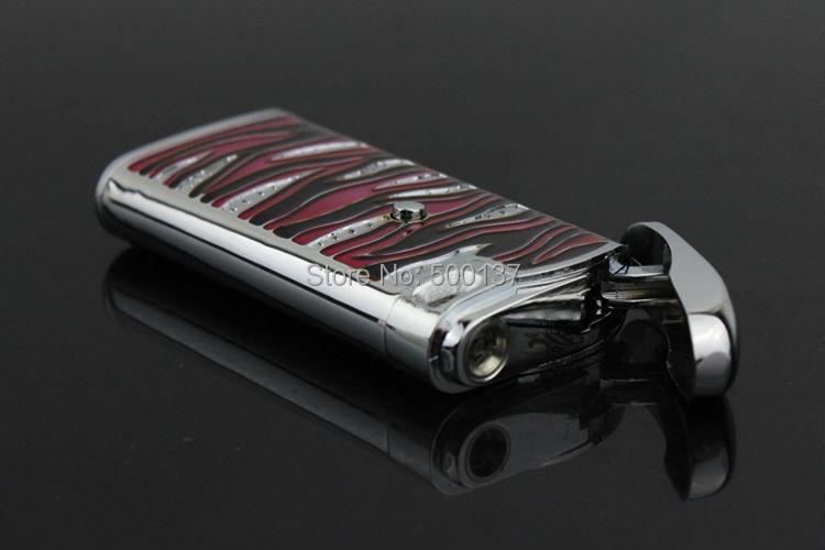 ถูก การออกแบบที่สมบูรณ์แบบไฟฟ้าอิเล็กทรอนิกส์เซ็นเซอร์สัมผัสสีแดงเจ็เปลวไฟบุหรี่ซิการ์W Indproofเบา