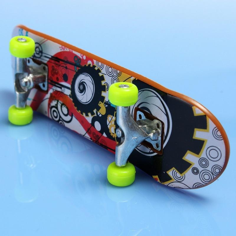 Free Shipping 2Pcs Fingerboard Truck Mini Finger Skateboard Toy Boy Kids Children Gift(China (Mainland))