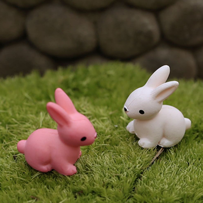 1pcs Rabbit Cartoon Animals Micro moss landscape Toys Cute Lovely Model Kids Toy 2cm PP Bags PVC Children Action Figure. PY070(China (Mainland))