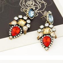 Lovely Accessory Charm Flower Crystal Resin Dangle Earrings for Women 52C6