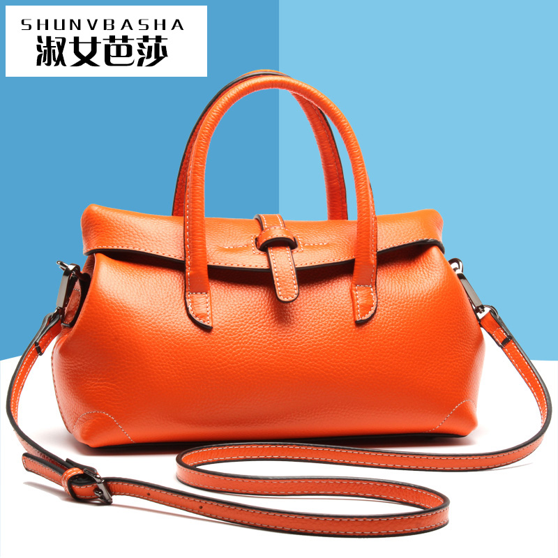 Soft Hot Sale Purses And Handbags 2016 New Women Doctor Bags Fashion Women's Bag Horse Decoration Totes Bag Messenger Bags(China (Mainland))