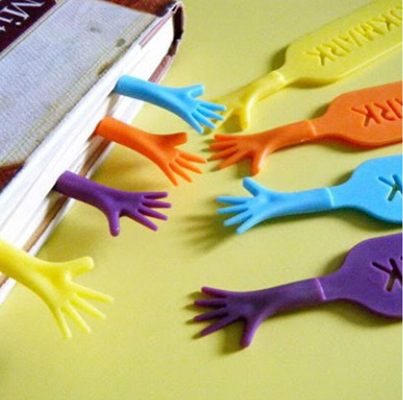 4 pcs/lot Plastic Bookmarks Help Me Book Mark Novel Stationery Page Marker Office School Supplies Free Shipping(China (Mainland))