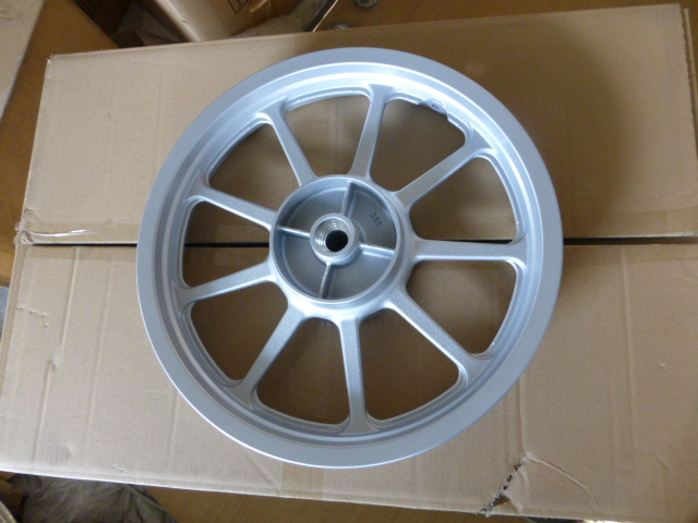The construction of YBR125SP motorcycle soldier powerful white aluminium wheel rims(China (Mainland))