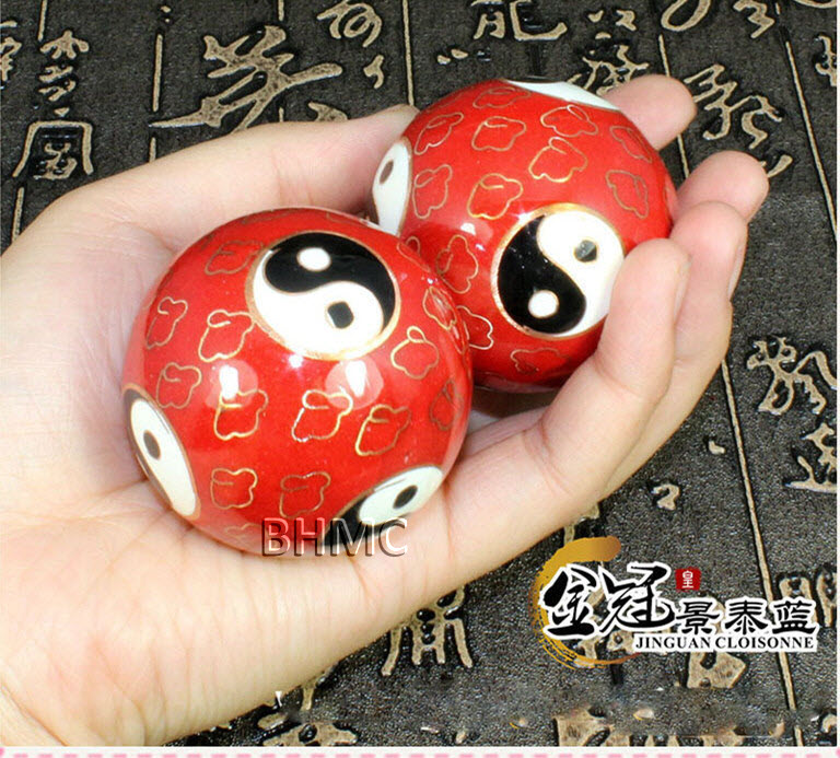 Massage. fitness ball.Traditional Acupuncture Massage Stone Fitness ball Massager Scrapping BHMC
