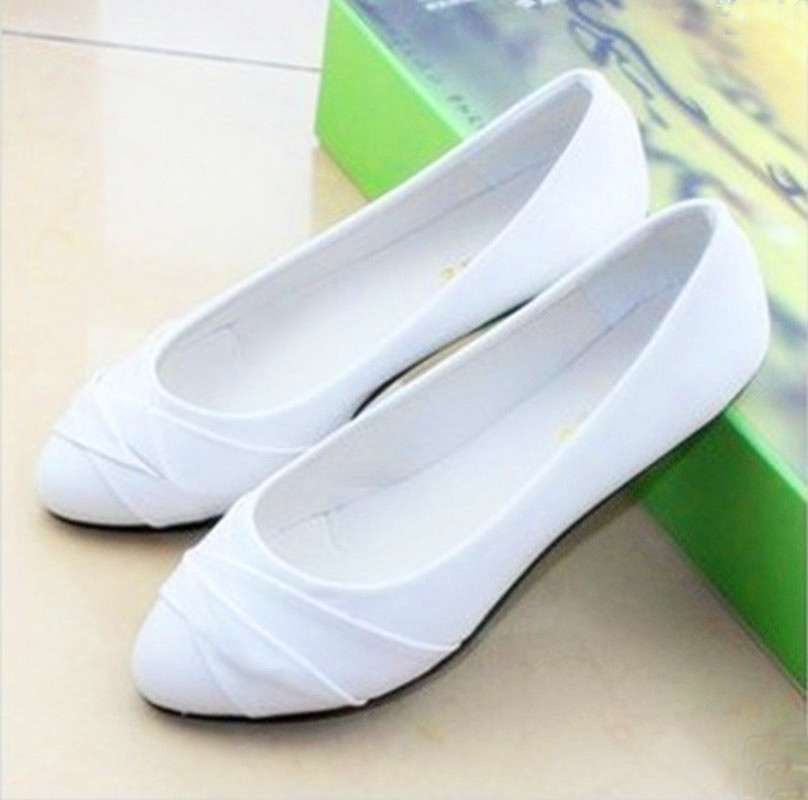 2015 new fashion women brief shallow round toe slip on flat shoes girls casual genuine leather peas shoes black white size 35-41<br><br>Aliexpress