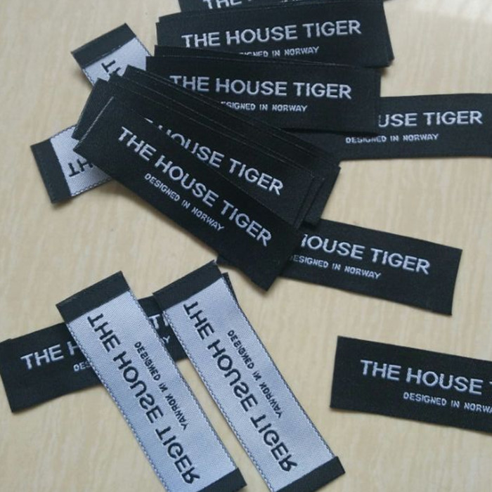 Custom product name End fold black Damask cloth woven label for shirt 70 mm * 20 mm(China (Mainland))