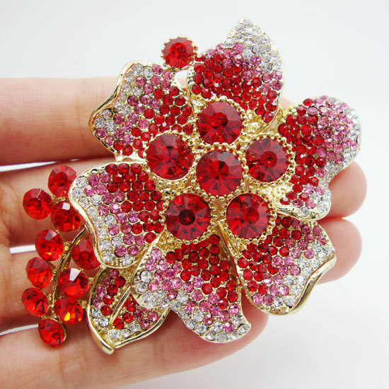 Pretty Beautiful and charming red crystal rhinestones roses flower leaf gilded decorative brooch pins pendant(China (Mainland))
