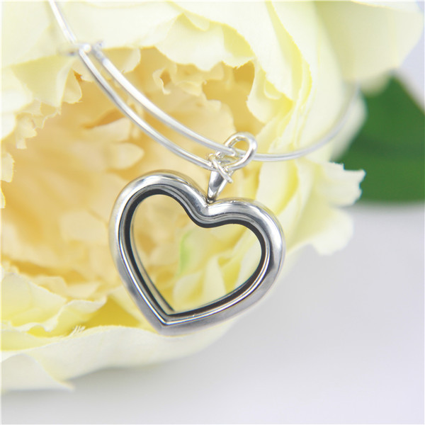 2016 New Style Fashion Women Love Wire Locket Bracelet with Magnet Stainless Steel 30MM Heart Floating Locket(China (Mainland))