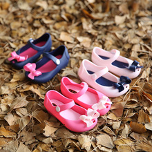 2016 Kids Shoes Girls New Baby Rubber Mini Melissa Cute Bow girls Sandals Children shoes Bow Summer Sandals rain boot zapatos(China (Mainland))
