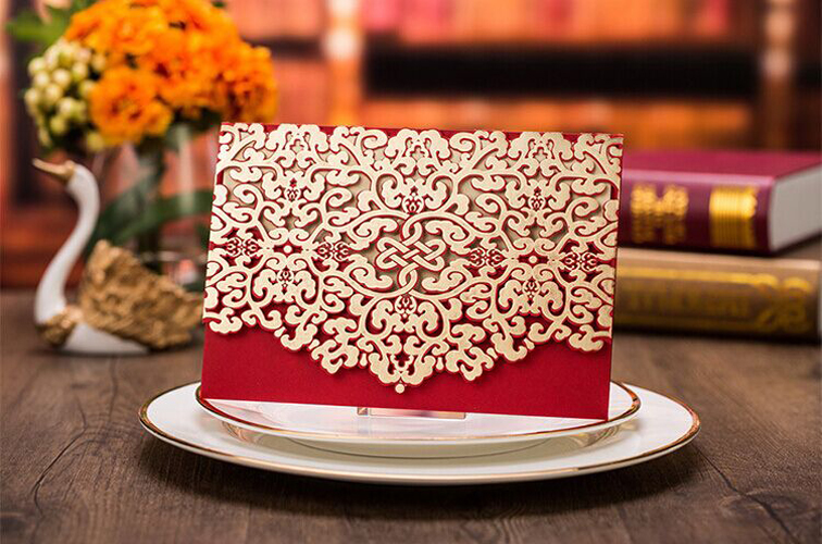 High Quality 185*127mm Laser And Gold-Bronzed Wedding Invitation Card Red , With Envelopes, Inner Paper And Seals(China (Mainland))