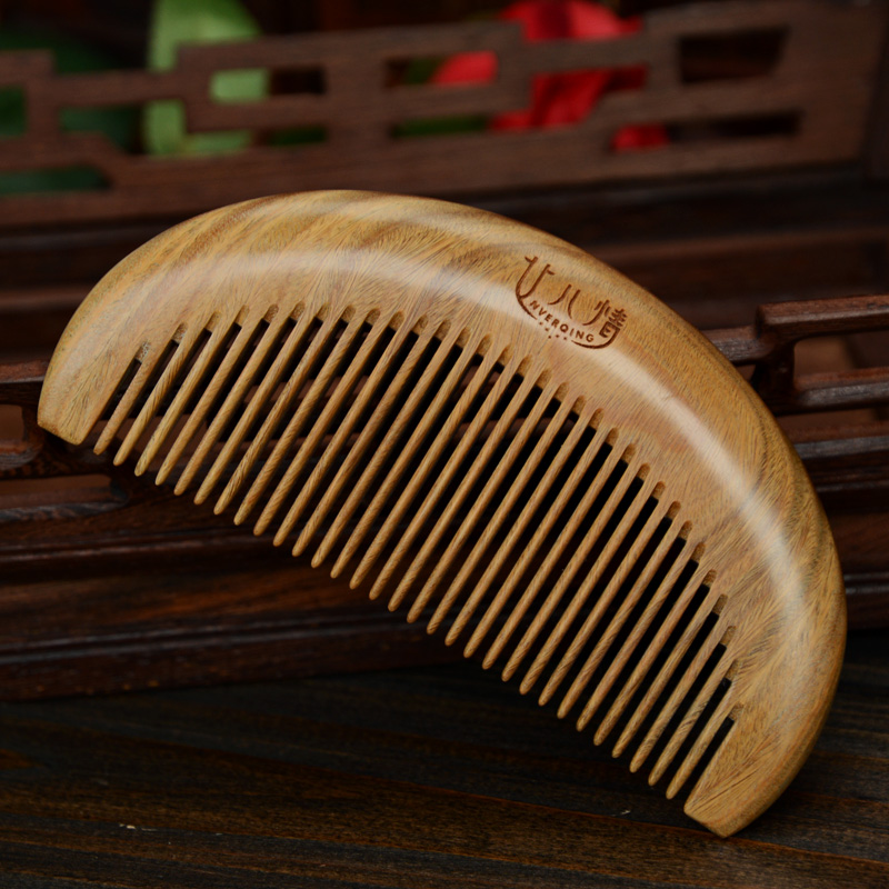 Hign quality green sandalwood combs Chinese traditional detangling massage portable anti-static beauty comb with free gift 03(China (Mainland))