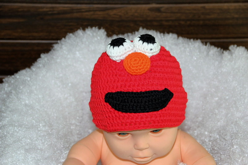 free shipping, Halloween cartoon Sesame street monster hat , Crochet Red monster sesame street Elmo baby hat Beanies Christmas(China (Mainland))