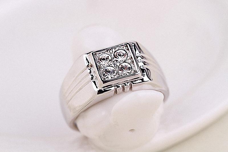 HTB11 GoKpXXXXamXVXXq6xXFXXXp - Brand TracysWing Rings for men Genuine Austria Crystal 18KRGP Gold Color Fashion wedding ring New Sale Hot #RG90044