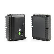 GPS tracker For Car GSM Alarm Vibration Sensor Magent Free Install 8800mAh Big Battery Powered(China (Mainland))