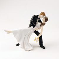 Dip Dancing wedding cake topper couple Figurine 2015 fashion resion wedding cake topper  free shipping