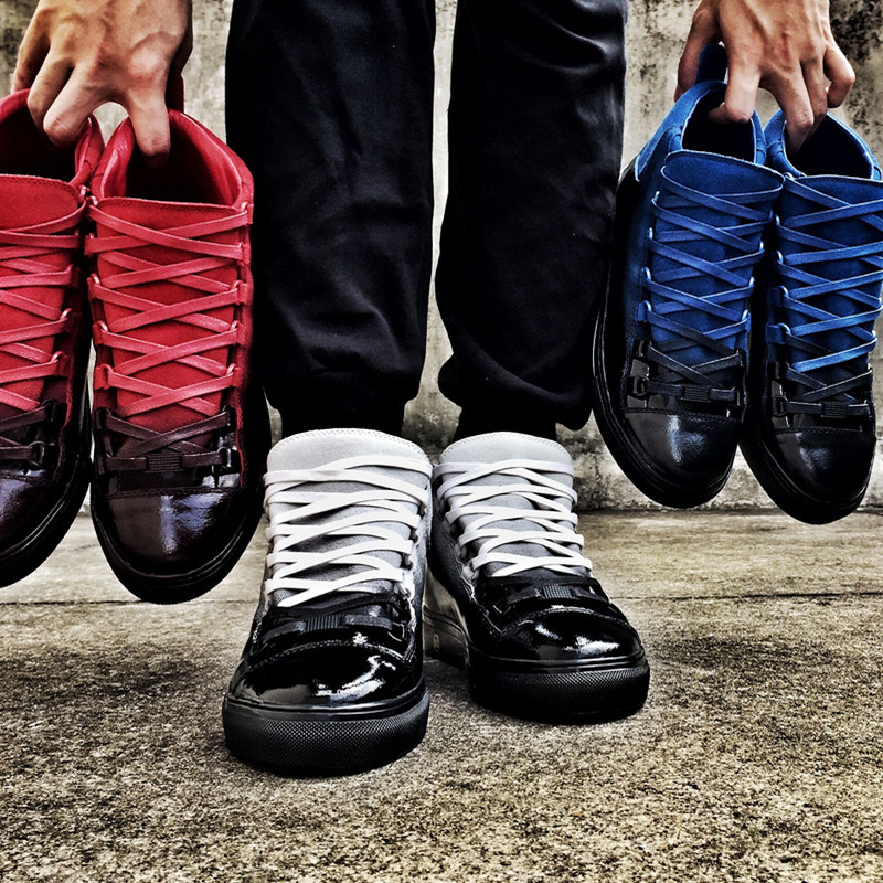 New Male 2016 Spring Gradient Brand Designer Lace Up Gladiator Trainers Chaussure de sport Fashion Mens Flats Casual Mens Shoes