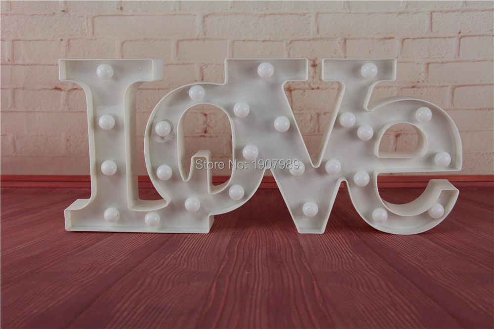 """LOVE"" RED LED Marquee Sign LIGHT UP Vintage Adhesive letter love shape Plastic  light  valentine's Day  Indoor Deration"