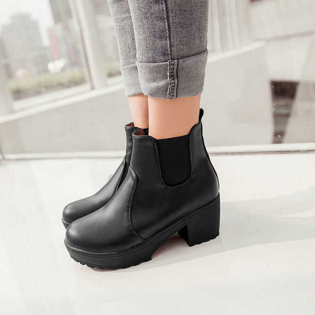 woman fashion Riding boots Round Toe Slip bottom Ankle Slip-On Thick with platform ladies Martin boots big size(China (Mainland))