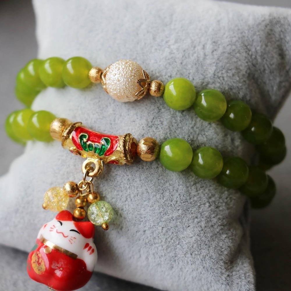 2015 8mm Women Peridot Beads Bracelet Lucky Ceramic Treasure Cat Pendant Female Jewelry Bracelet Multilayer Chain Natural Stone(China (Mainland))