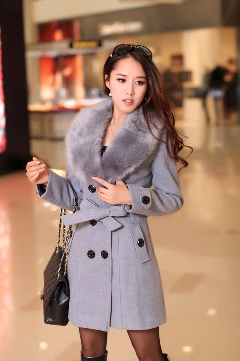 http://g03.a.alicdn.com/kf/HTB12EAkHVXXXXXRXVXXq6xXFXXXS/Hiver-femmes-Double-Breasted-grand-col-de-fourrure-manteau-long-hiver-vestes-parka-manteaux-manteaux-bonne.jpg