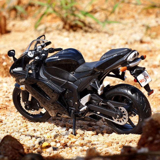 Limited edition kawasaki alloy plastic motorcycle model(China (Mainland))
