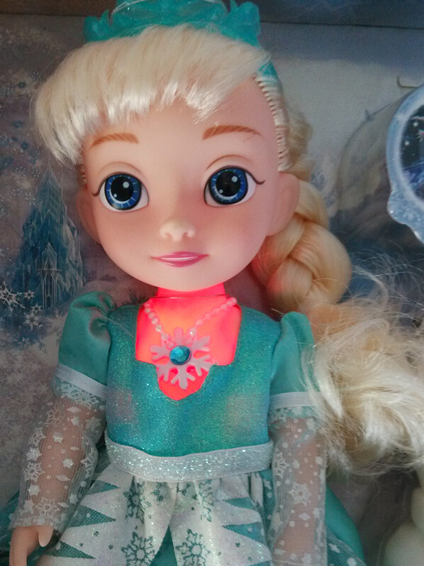 "Free Shipping Hot Sale Princess Elsa Doll singing ""Let it go"" Musical Doll Elsa Light With Safe Material Best Gift For Girl(China (Mainland))"