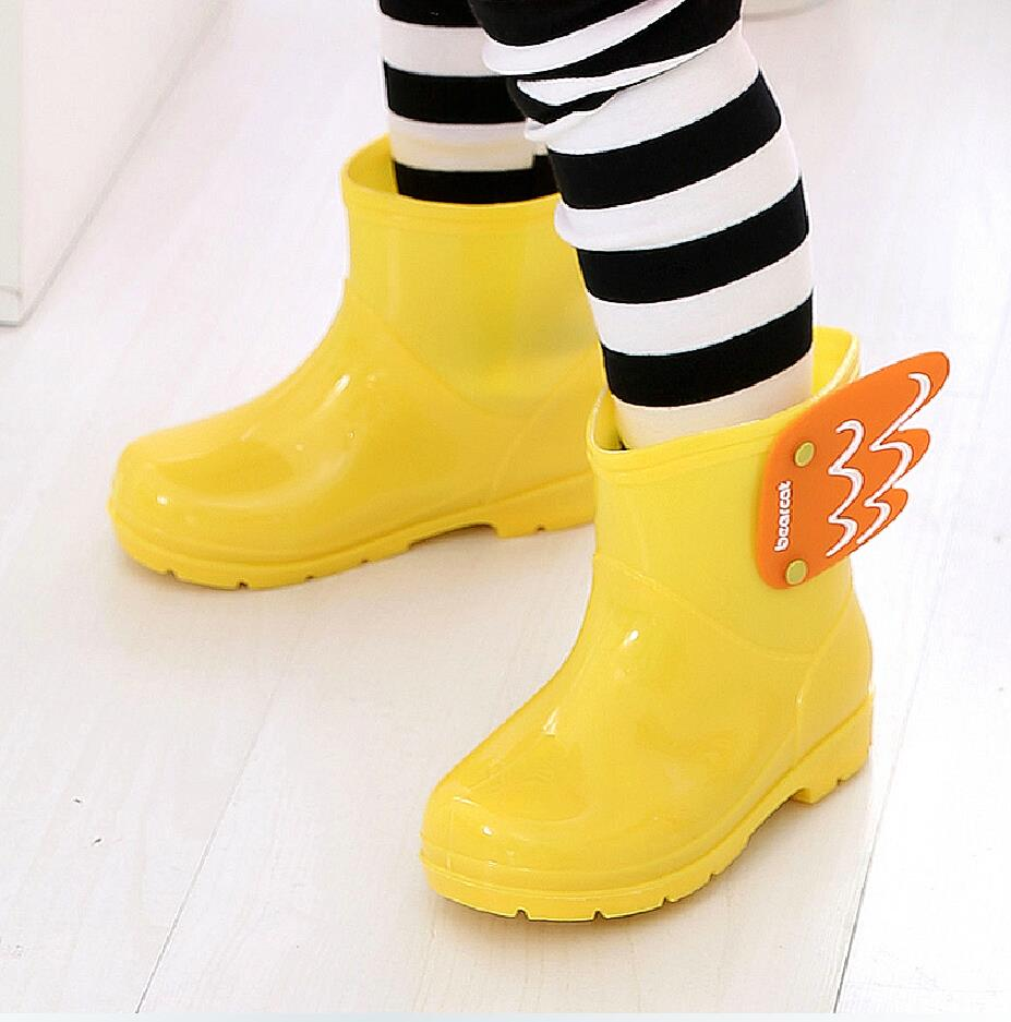 New Children Mid Cut Rain boots Kids Fashion Baby Girls Boys Water Shoes Cartorn Wing Fly Rubber Boots light convenient(China (Mainland))