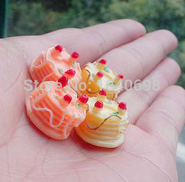 100pcs/lot flat back resin Icecream cake with strawberry biscuit Scrapbook Embellishment DIY Phone Decoration 15mm(China (Mainland))