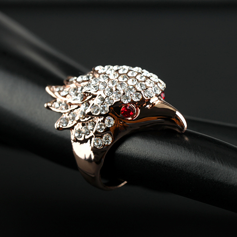New Arrival Unique Design Gold Plated Eagle Head Full Rhinestone Red Eye Finger Ring For Women Jewelry Bohemian Bijou Jade Ring(China (Mainland))