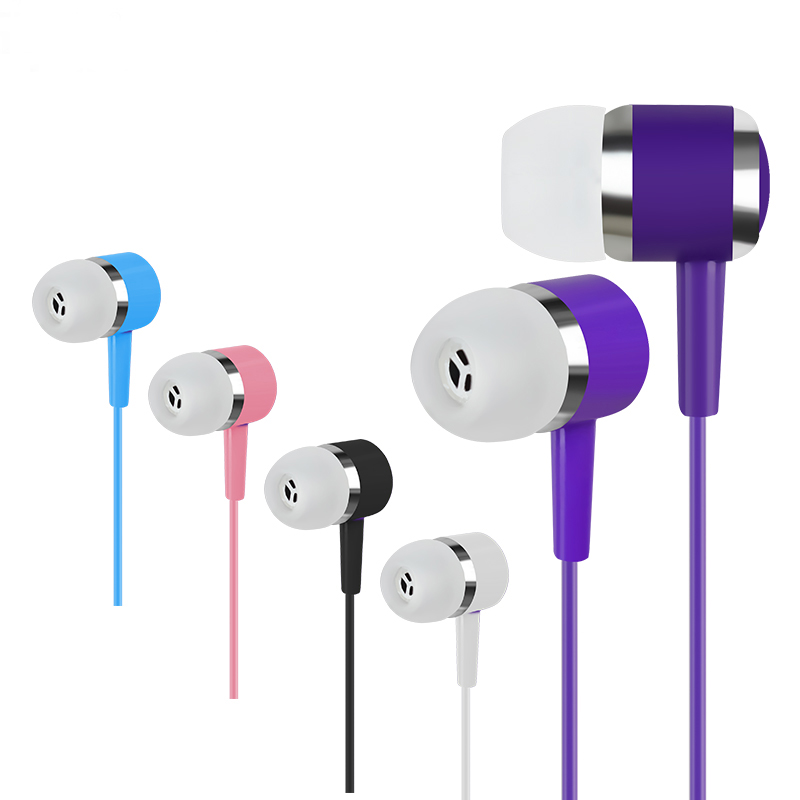 New In-ear Earphone Candy Color Stereo Heavy Bass 3.5mm Plug Earbud for Mobile for iPhone Good Quality(China (Mainland))