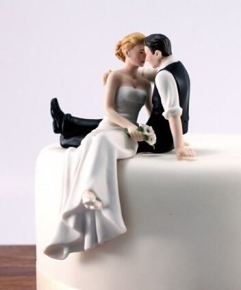 Free shipping Bride and Groom toppers Couple Figurine wedding cake topper for wedding cake decoration supplies cake standAE02110(China (Mainland))