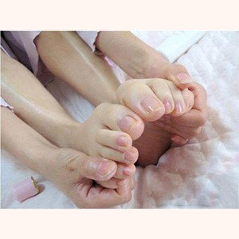 6pair/lot baby foot peeling renewal mask remove dead skin cuticles heel FOOT Care(China (Mainland))