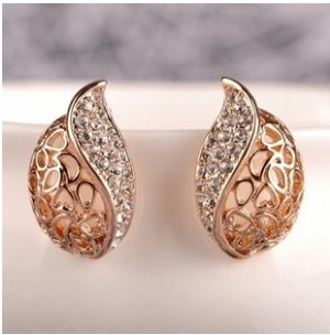 2015 Hot Sale Wholesale 18K Gold White Gold Plated Hollow Leaf Pendant Rhinestone Crystal Jewelry Earrings B1181(China (Mainland))
