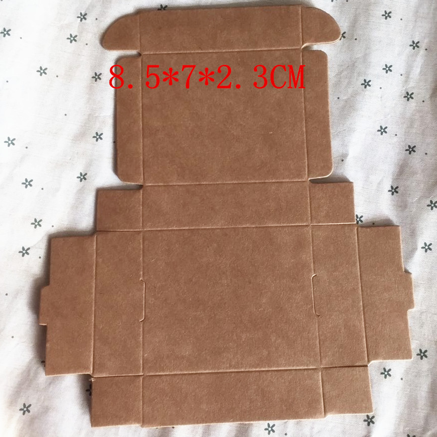 Wholesale 8.5*7*2.3CM Kraft paper Storage boxes Small jewelry paper tray Candy box Food Biscuits Crates 100pcs/lot(China (Mainland))