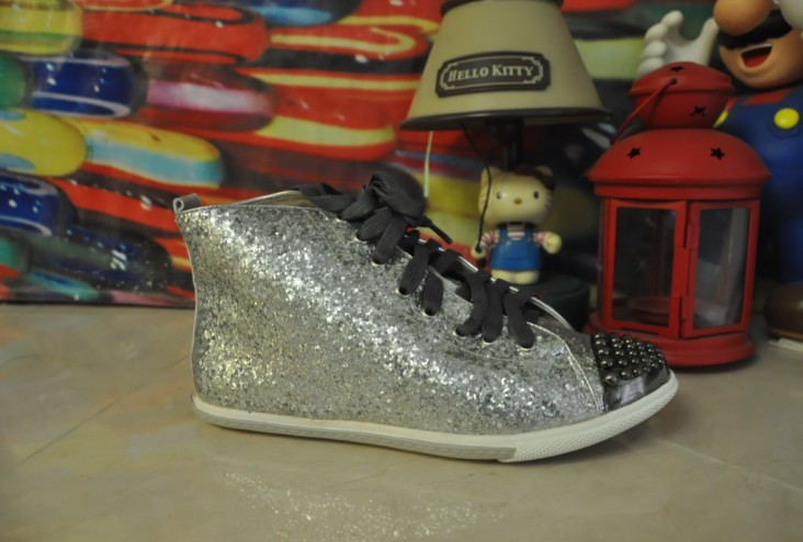 actual shoes! fashionville* u043 40 genuine leather glitter studded sneakers boots(China (Mainland))