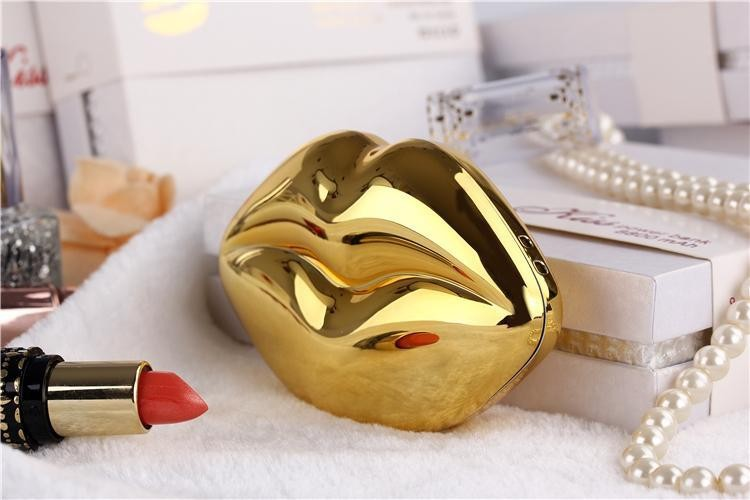 Kiss Lips Mobile power Bank 4400mAh Unique Styling Universal Sexy Kisssing Mobile Power Charging Treasure with Retail Package