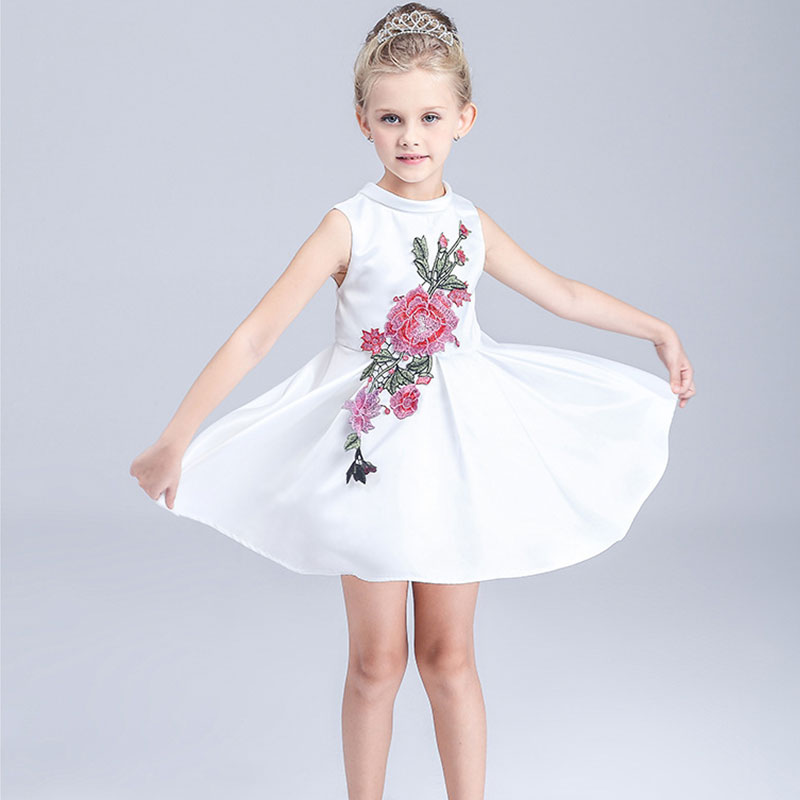 HOT 2016 new fashion cotton girl Princess embroidery Dresses flower cute summer Dress Children Clothes Kids girl Clothing(China (Mainland))