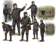 Trumpeter 1/35 Scale Soviet Soldier Scud B Crew Plastic Assembly Military Figures Models 00434