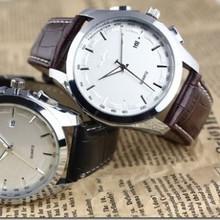 Envío gratis, el nuevo 2013 muchachos de moda mesa de la correa con calendario reloj de cuarzo hombre edición de han de la moda de negocios relojes