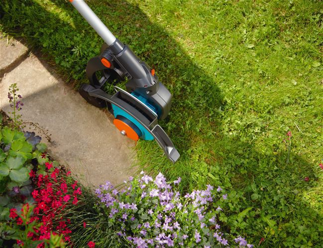 Safe and convenient cordless brush cutter electric for Bordillos para jardin