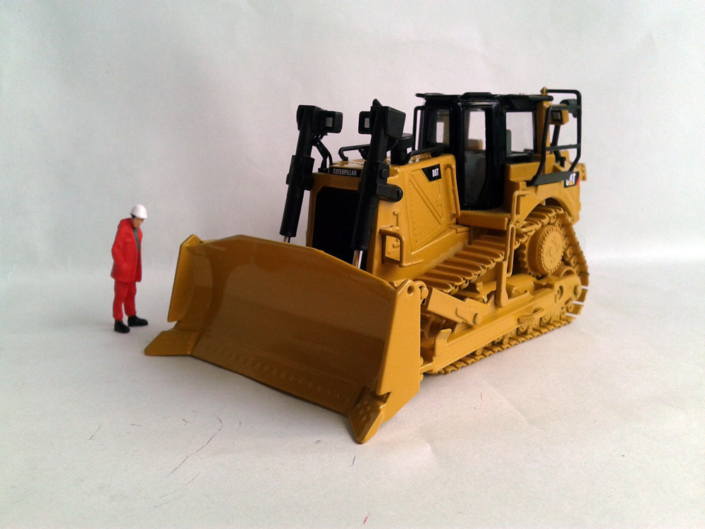 N-55299 CAT D8T Track-Type Tractor with Single-Shank Ripper toy(China (Mainland))