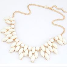 2015 Jewelry Fashion 4 colors Brand Flower Choker Luxury Fashion Rhinestone Necklaces For Women BJN8561(China (Mainland))