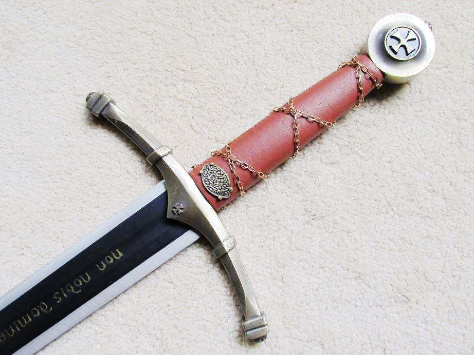 """S0172 DELUXE NON NOBIS KNIGHT TEMPLAR ACCOLADE CLAYMORE SWORD W/ WALL MOUNT 44""""(China (Mainland))"""