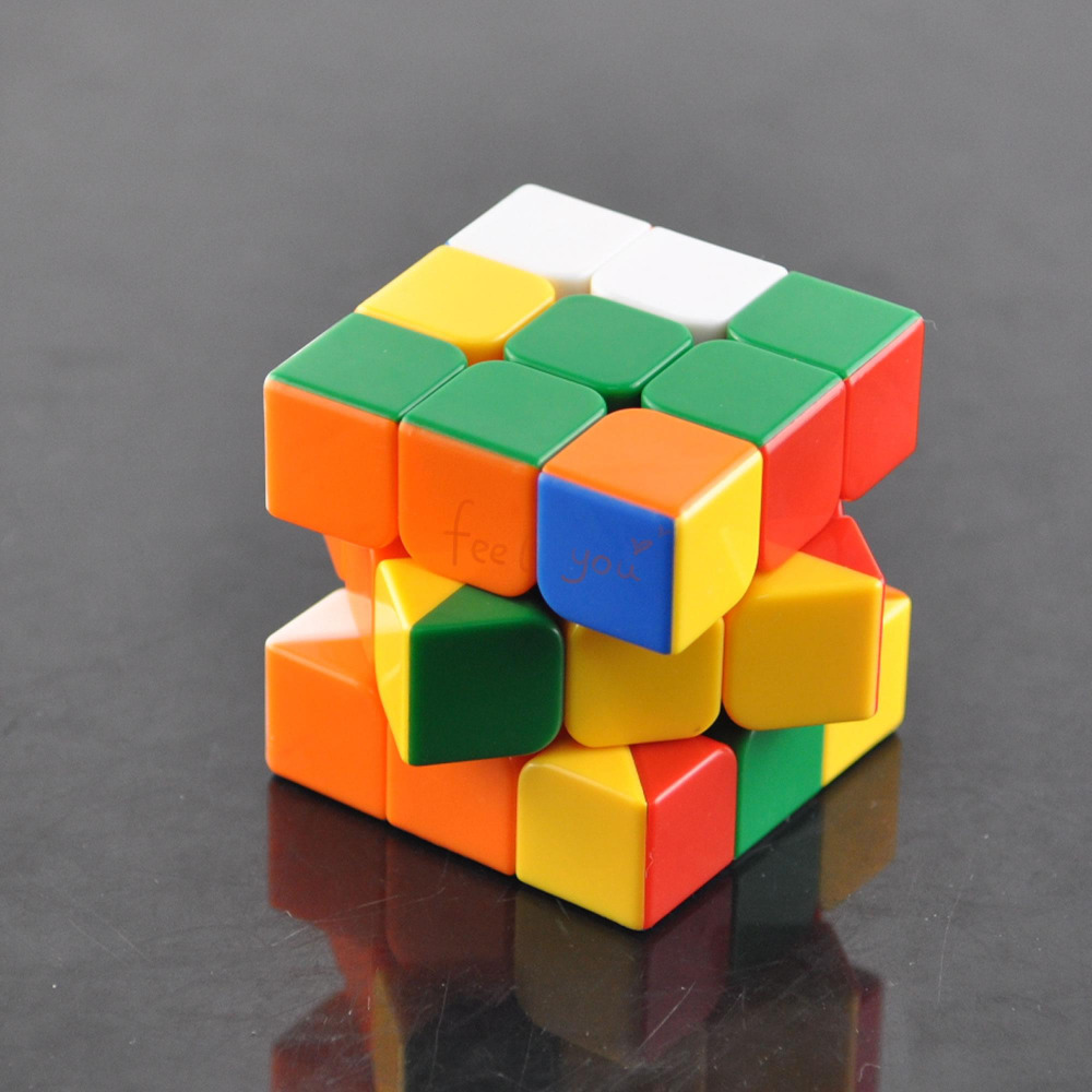 WOW Easy 3x3x3 Speed Colorful Cube Magic Twist Puzzle Classic Toy Gift Education(China (Mainland))