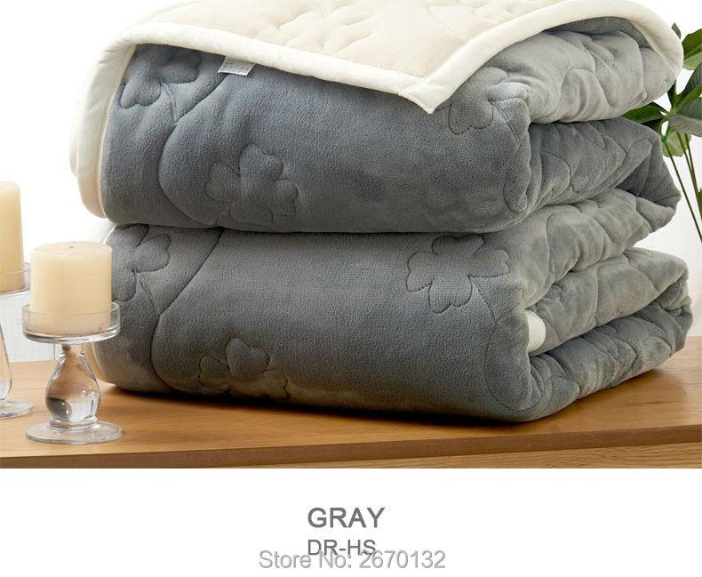 Upset-Composite-Blanket-790-02_06