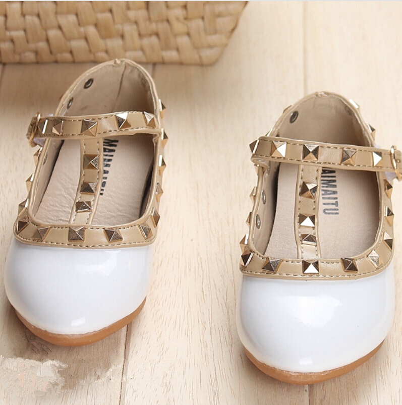 2016 New Kids sneaker Children Shoes Patent Leather Girl Flat Discount Shoes Size 6.5 7.5 8 8.5 9 9.5 10.5 11 11.5 12.5 13(China (Mainland))