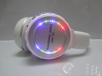 International Free Shipping Computer Headphones with MIC, Hot Sale Cool Wireless Flash Light Headphones with FM,Micro SD Support