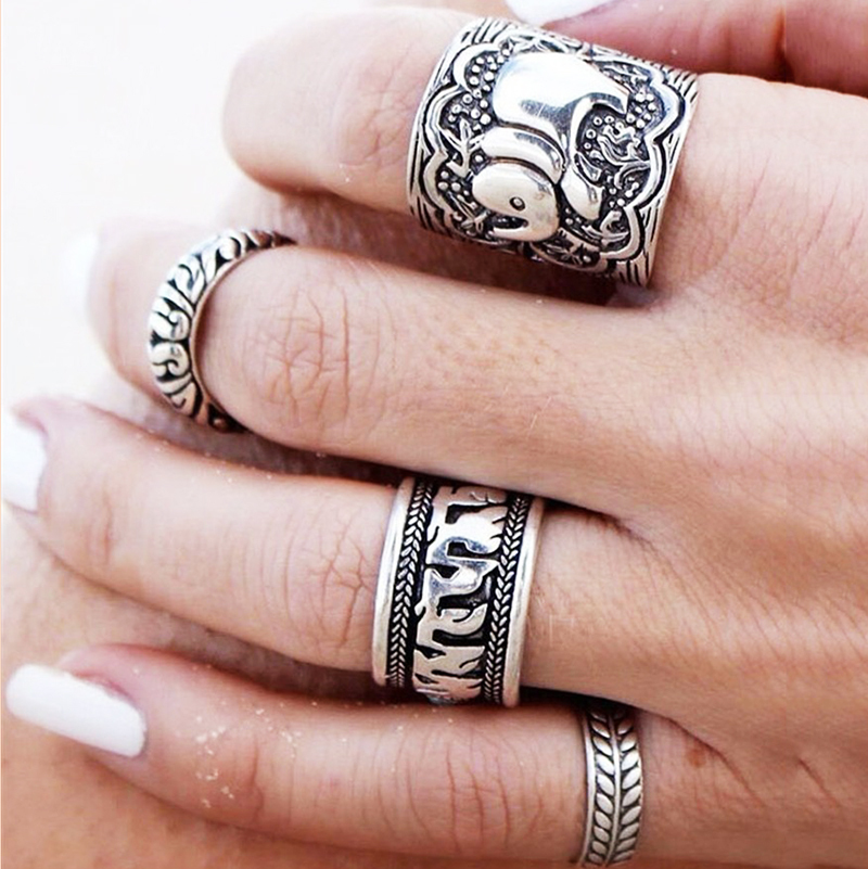 4PCS Vintage Punk Ring Set Unique Carved Antique Silver Plated Elephant Totem Leaf Lucky Rings for Women Boho Beach Jewelry(China (Mainland))