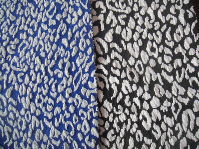 Cotton/poly/spandex jacquard knitting fabric , popular stripes for wear(China (Mainland))